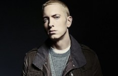 Eminem a été nommé Guide Honoraire Raélien
