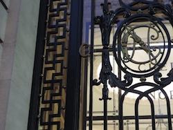 Swastika Paris 8