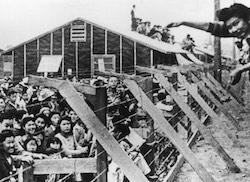 Camp d'internement pour nippo-américains (~1942)