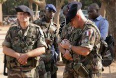 Expulser les militaires français d'Afrique