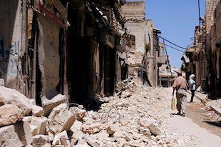 Syrie Les pays dévastés par l'OTAN et les États-Unis ne devraient jamais leur acheter quoi que ce soit, mais passer des contrats avec les BRICS ou d'autres pays anciennement colonisés.