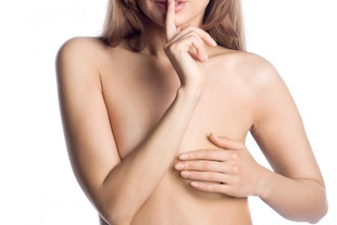topless en public