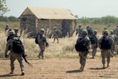soldats américains ; état terroriste
