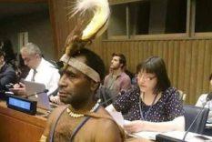 tenue traditionnelle costume colonisateur