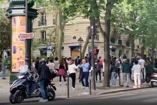 Des Parisiens défient le confinement du Coronavirus