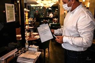 Coronavirus : cahier de rappel au restaurant et vie privée