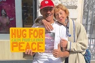 free hugs câlins gratuits