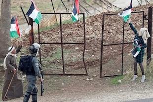 Avancer le plan de construction de 800 maisons pour les colons juifs en Cisjordanie.