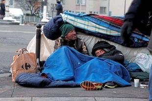 30 000 personnes dorment dans la rue