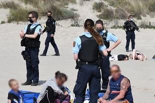 mitrailleuses sur les plages
